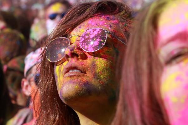 صورة [نصيحة] الدرس رقم ٢٧٥ – ٨ نصائح للحصول على صورة ملونة تنبض بالحياة